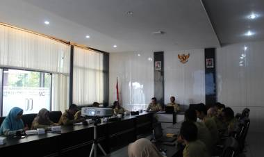 Rapat Evaluasi Pelaksanaan Program Kota Tanpa Kumuh (Kotaku)