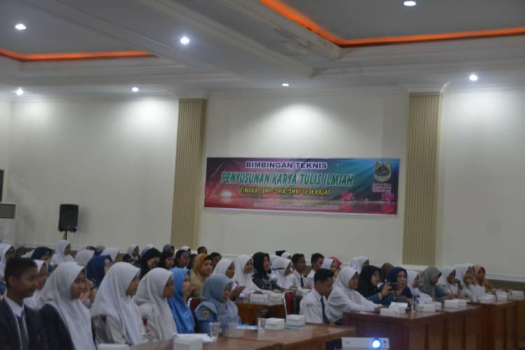 Bimtek Penyusunan Karya Tulis Ilmiah Tingkat SMP dan SMA/SMK (Sederajat) Se-Kabupaten Bondowoso
